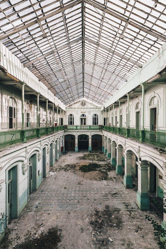 École abandonnée
